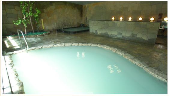 にごり湯の大浴場