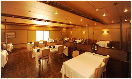 レストラン 八仙