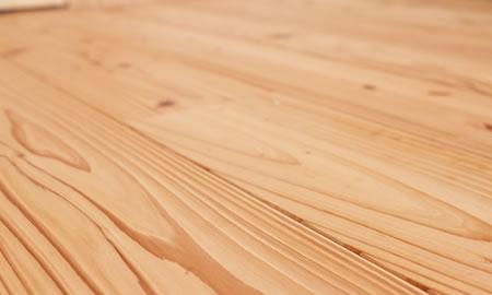 音響熟成木材うづくりの床