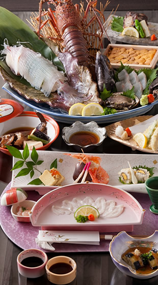 九州の山海の幸を旬彩鮮やかに、豪快で繊細な料理の数々をお召し上がり下さい。